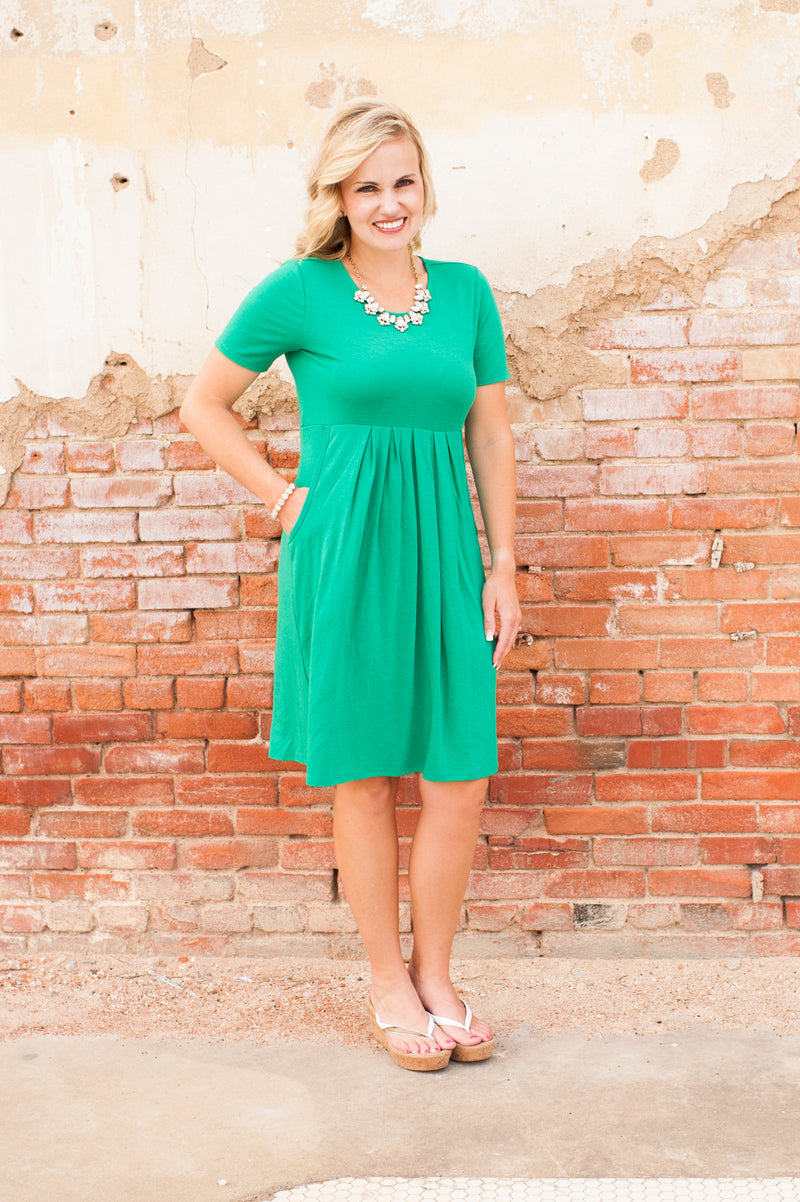 Kelly Green Pleated Waist Short Dress
