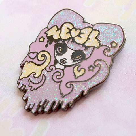Roxie Girl Enamel Pin (Lilac)