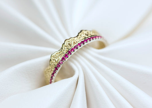 Sapphire Wedding Band, Stacking Wedding Ring, Gold Sapphire Ring, Lace Ring, Sapphire Gold Ring