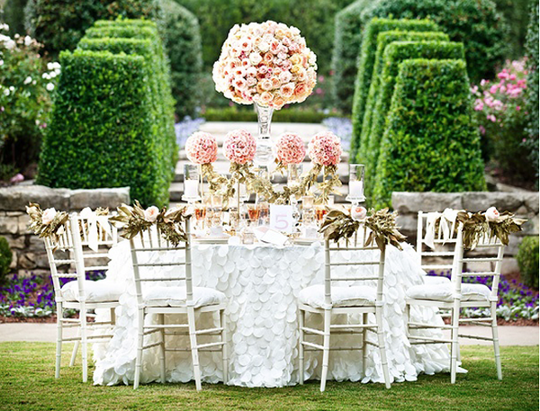 THE PROS, PITFALLS AND PERILS OF DRESSING FOR A GARDEN WEDDING