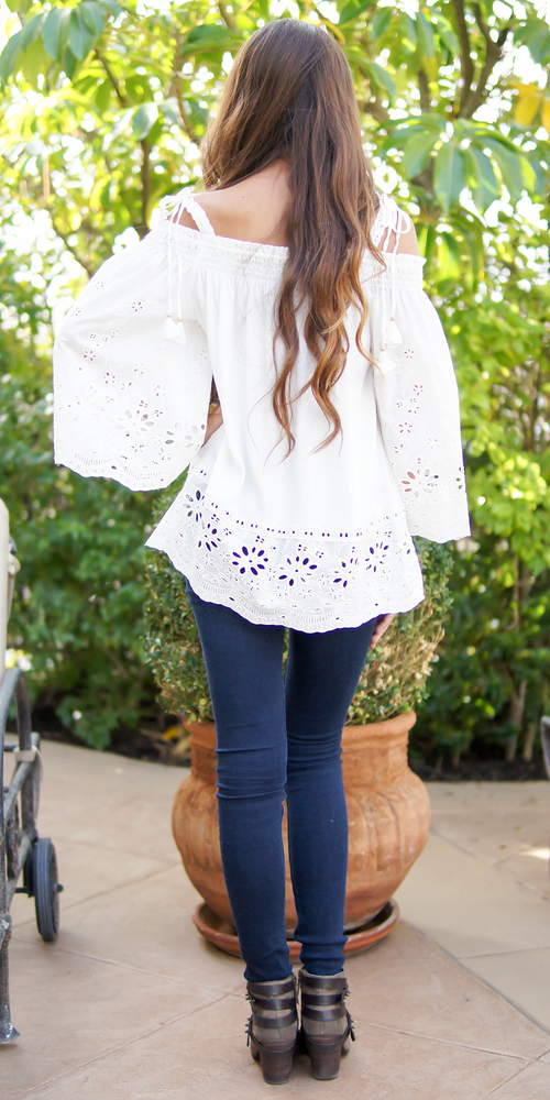 Ivory Floral Eyelet Tunic Top