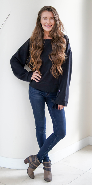 Black Oversized Grommet Sleeve Sweatshirt