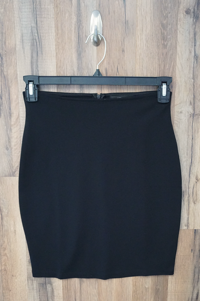 Black Solid Stretch Mini Skirt
