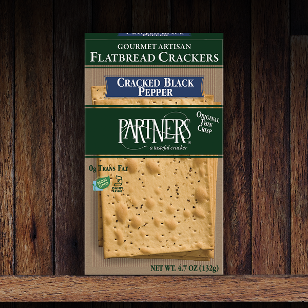 Flatbread Crackers : Cracked Black Pepper