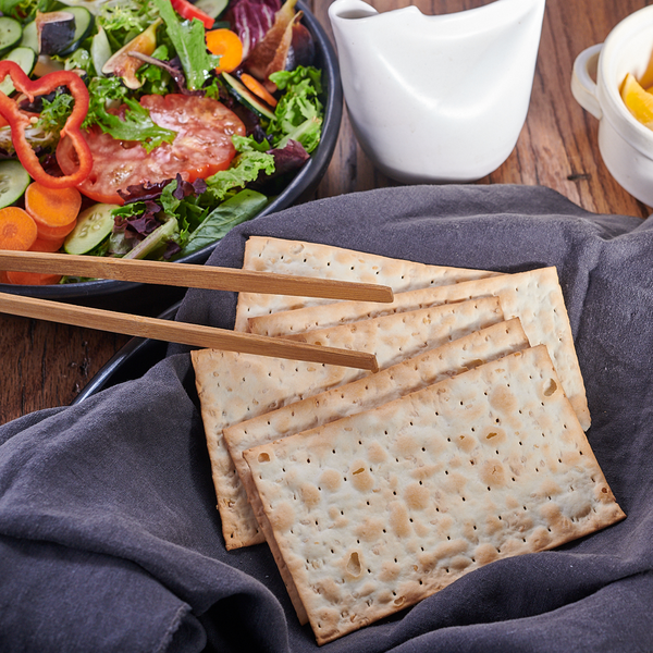 Flatbread Crackers : Toasted Sesame