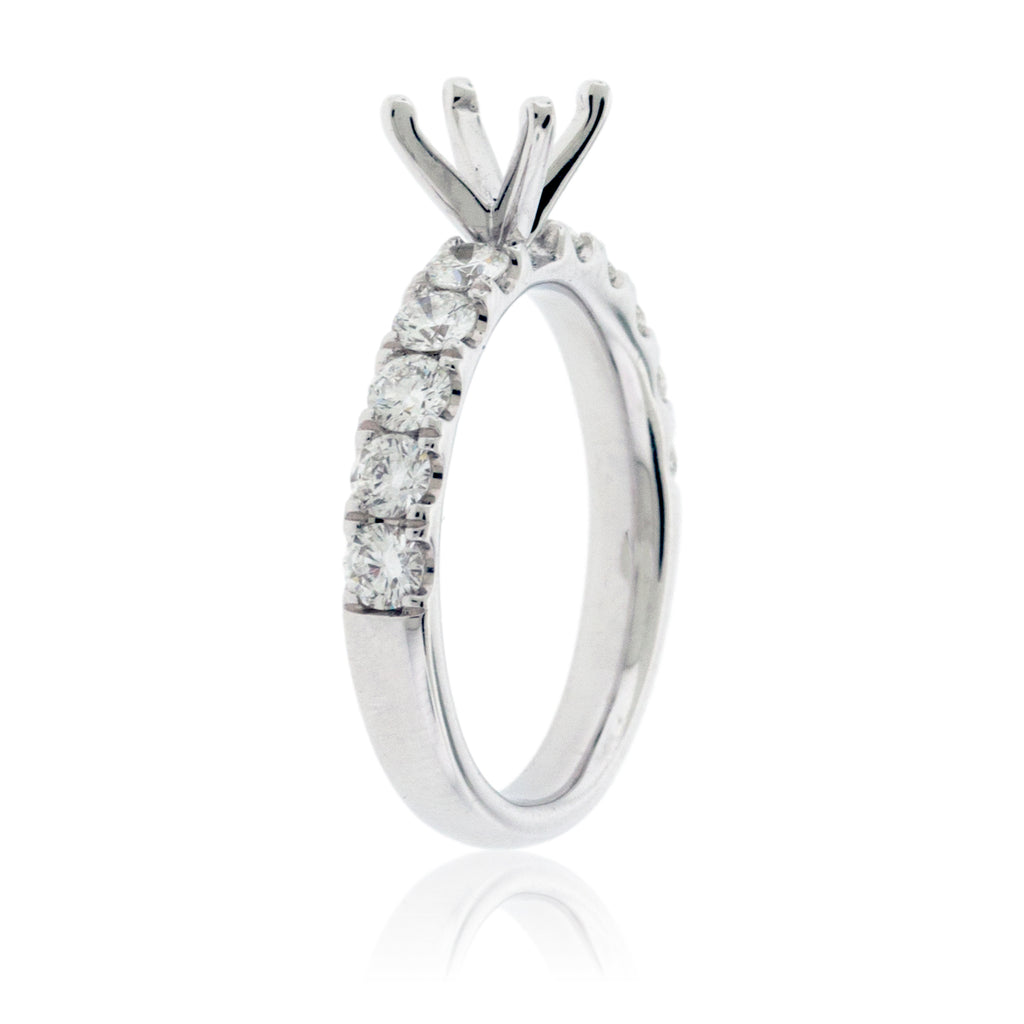 Simple Stunning Semi Mount Diamond Ring