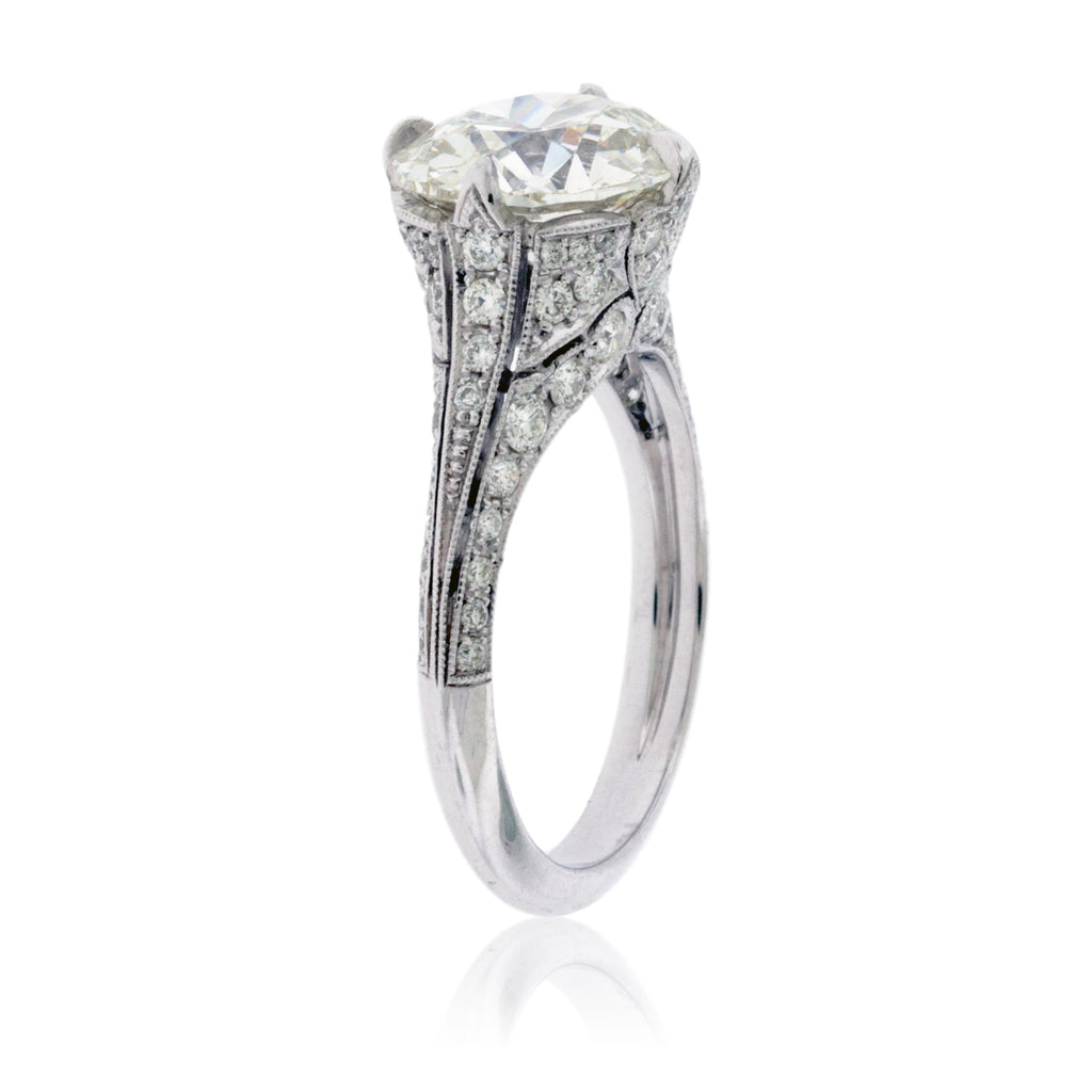 Old European Cut Diamond in Vintage Style Setting