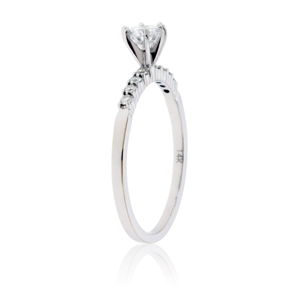 Diamond Center and Diamond Accented Classic Style Engagement Ring