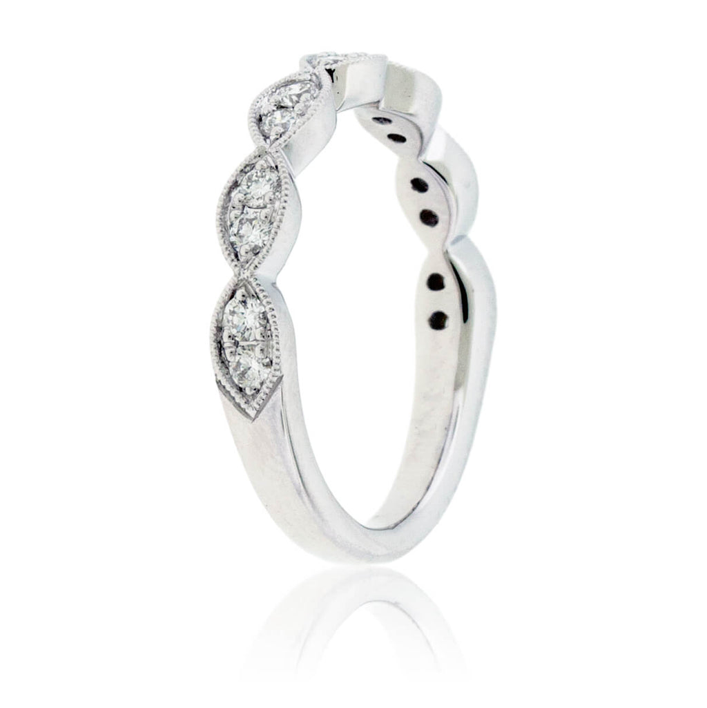 White Gold .34 Carat Diamond Scalloped Style Ring