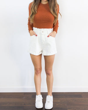 short blanco vaquero mom fit vintage