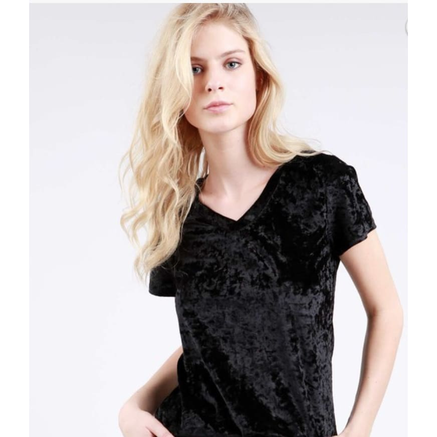 Crushed Velvet Top Black (51-231RX) - The GyPsY Barn Boutique