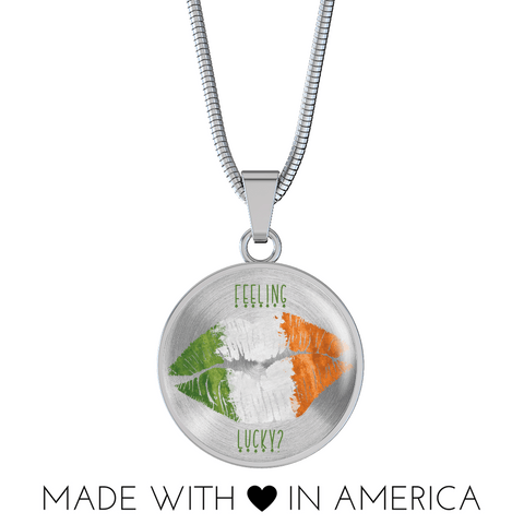 Image of Feeling Lucky Irish Kiss Round Necklace and Bangle Bracelet