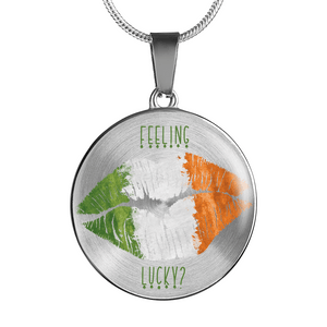 Feeling Lucky Irish Kiss Round Necklace and Bangle Bracelet
