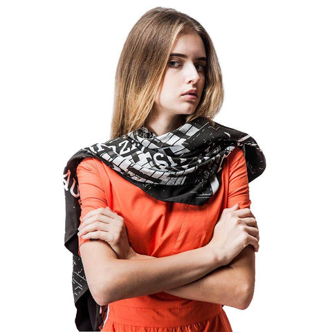 Image of Black and White Geometric Scarf