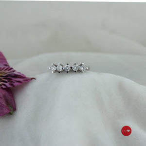 0.61 Ct G Color Pırlanta Beştaş Yüzük - I'm Diamond
