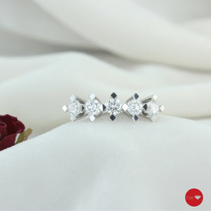0.72  Ct F-G Color Pırlanta Beştaş Yüzük - I'm Diamond