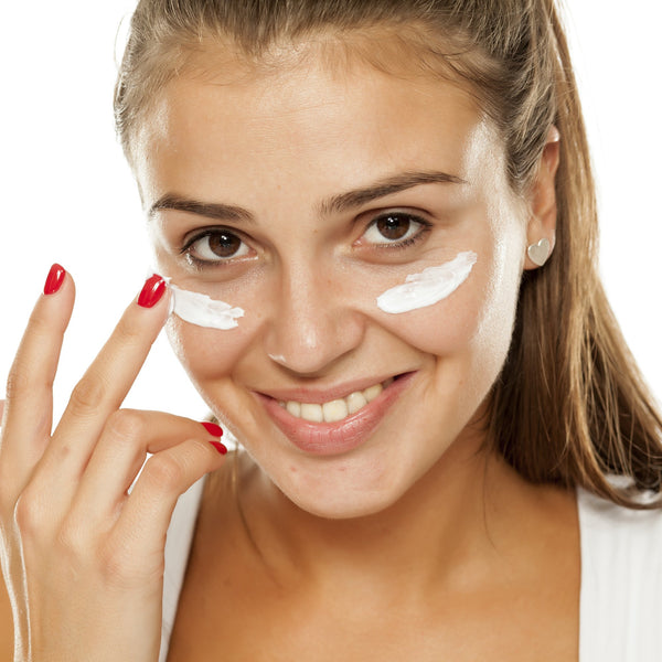 Why Eye Cream Is a Necessity For Students This Fall