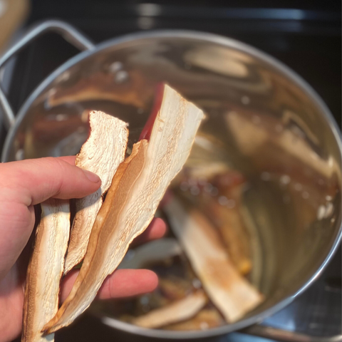 reishi mushroom slices used in bone broth recipe