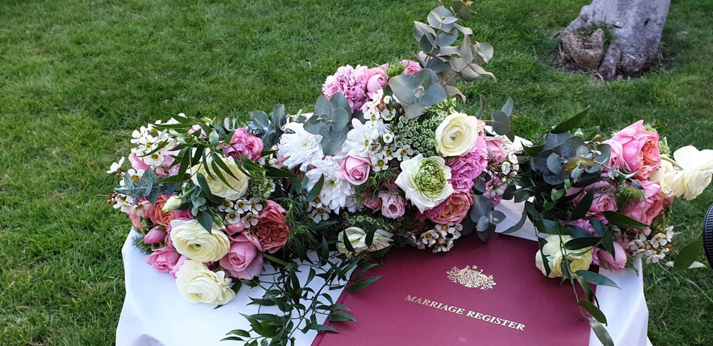 No Fuss Wedding Flowers