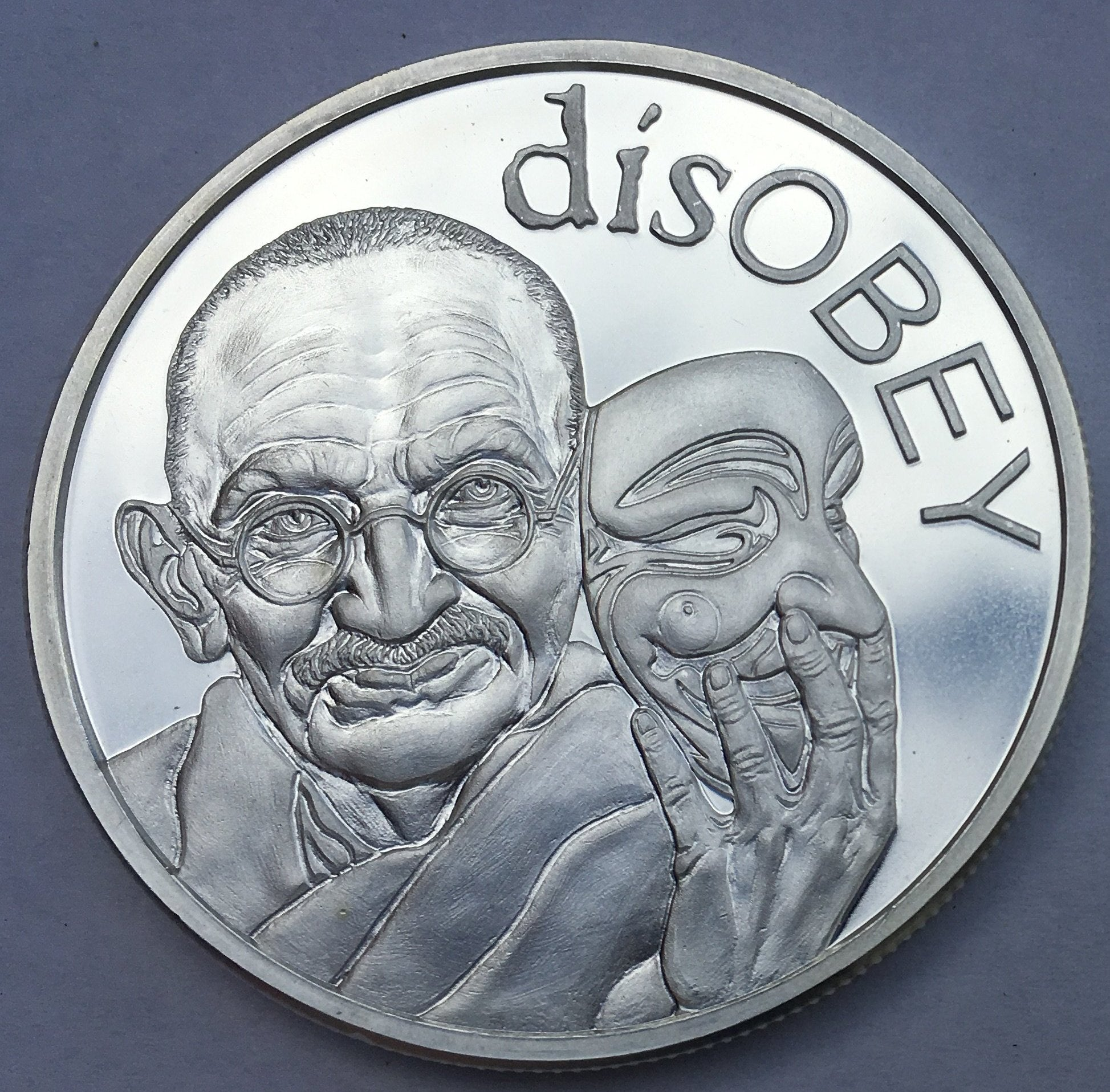 """2017 Silver Shield MiniMintage """"Martin Luther King"""" disOBEY Series Silver BU"""