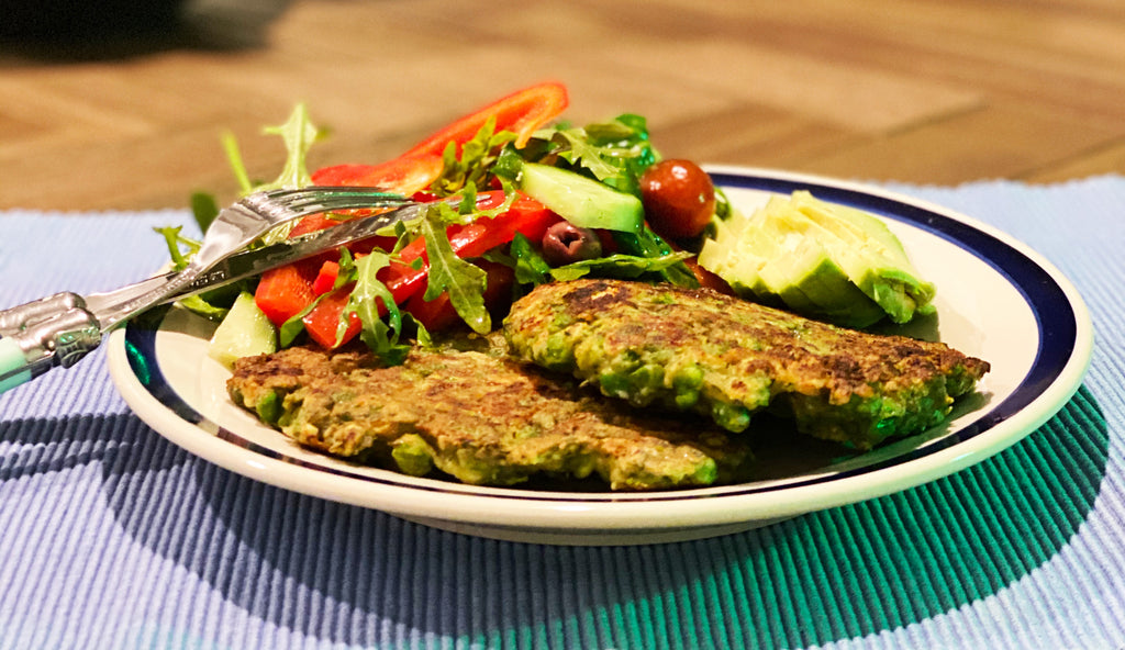 Pea and dill fritters with salad