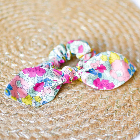 Liberty Summer Cosmos Bow Scrunchie