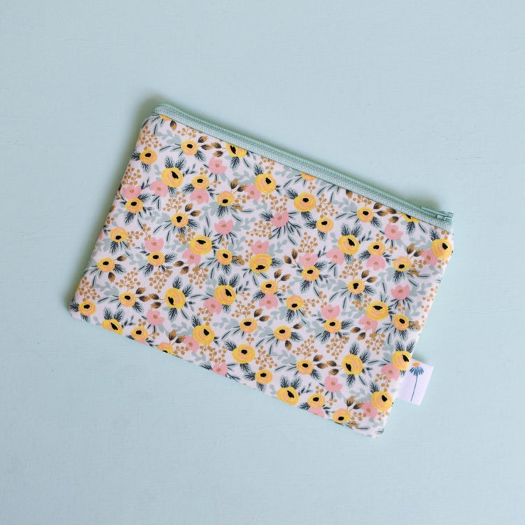 Mint Rosa Zipper Pouch