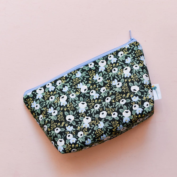 Large Zipper Pouch in Black Rosa