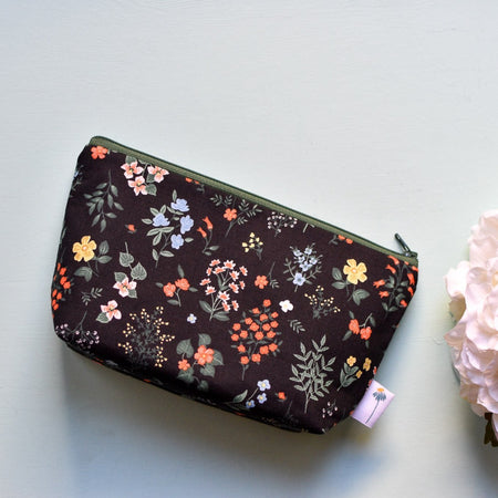 Large Zipper Pouch in Black Hawthorne