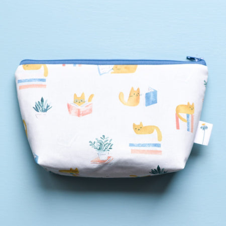 Large Zipper Pouch in Reading Cats
