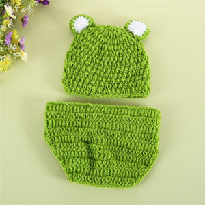 Adorable Knitted Frog Cap For Infants