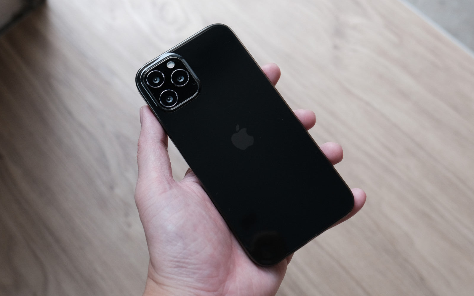 Bare Naked - Ultra Thin Case for iPhone 7 & 7 Plus