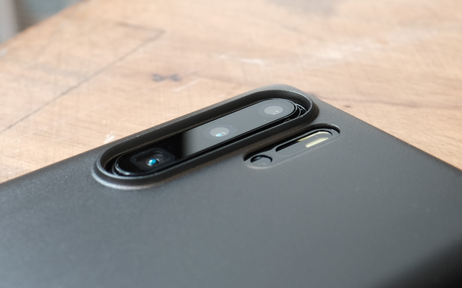 Bare Naked Ultra Thin Case for Huawei P30 and P30 Pro - Camera Lip