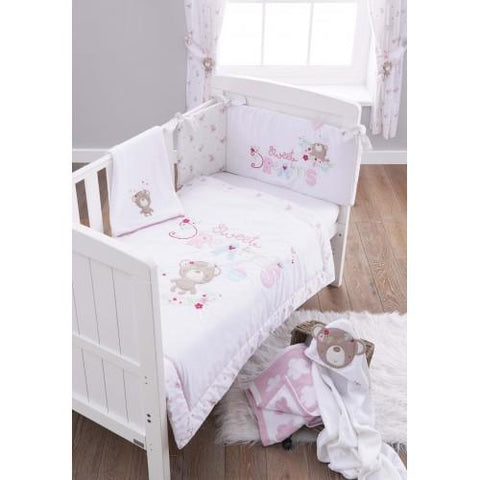 Sweet Dreams Three Piece Bedding Set - Quilt, Bumper and Soft Fleece Blanket - Hushabyebaby.co.uk