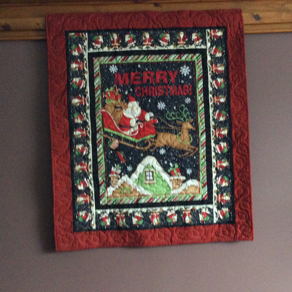 "Quilt - ""Merry Christmas"" - Here Comes Santa Claus...."