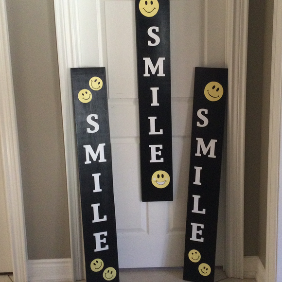 "Wall Hanging - ""Smile"""