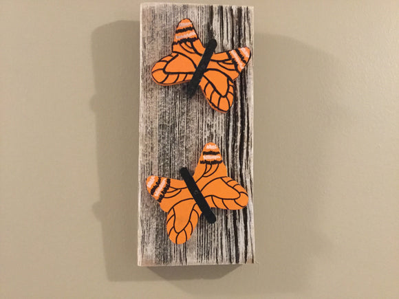 Hanging Garden Ornament - Monarch Butterflies