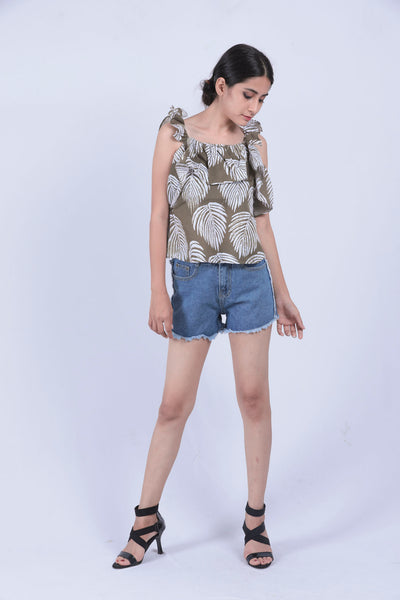 Blue Denim Side Frayed Shorts - S - Brinda's Store