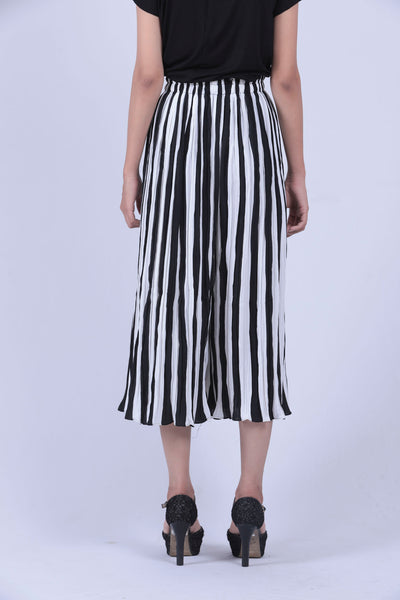 Black & White Vertical Striped Culottes - Brinda's Store
