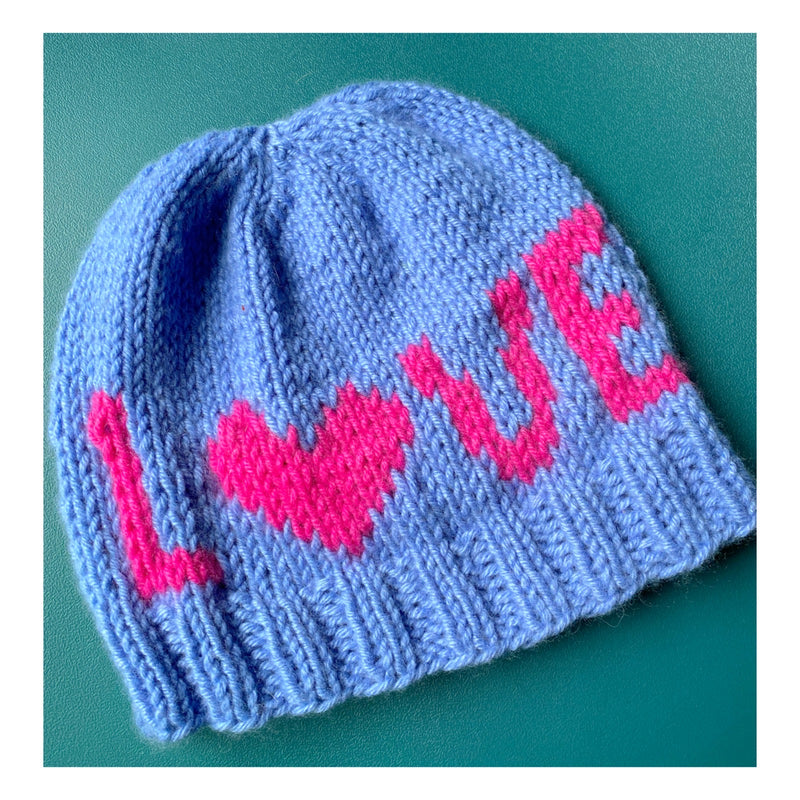 LOVE LOVE Hat: Free Pattern!