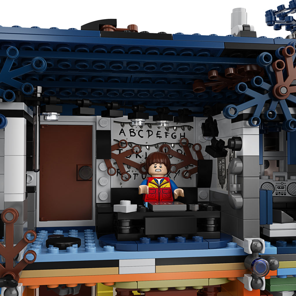 LEGO 75810 The Upside Down