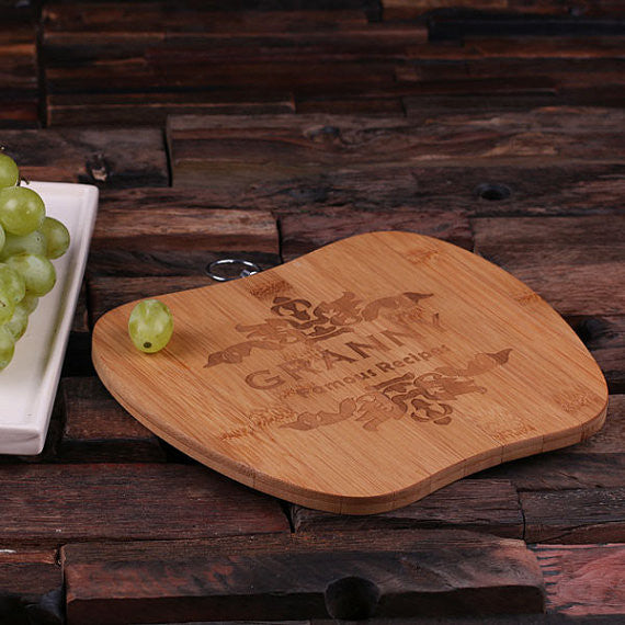 Apple-Shaped Cutting Board