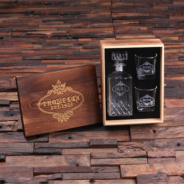 Whiskey Decanter & Whiskey Glasses w/Keepsake Box