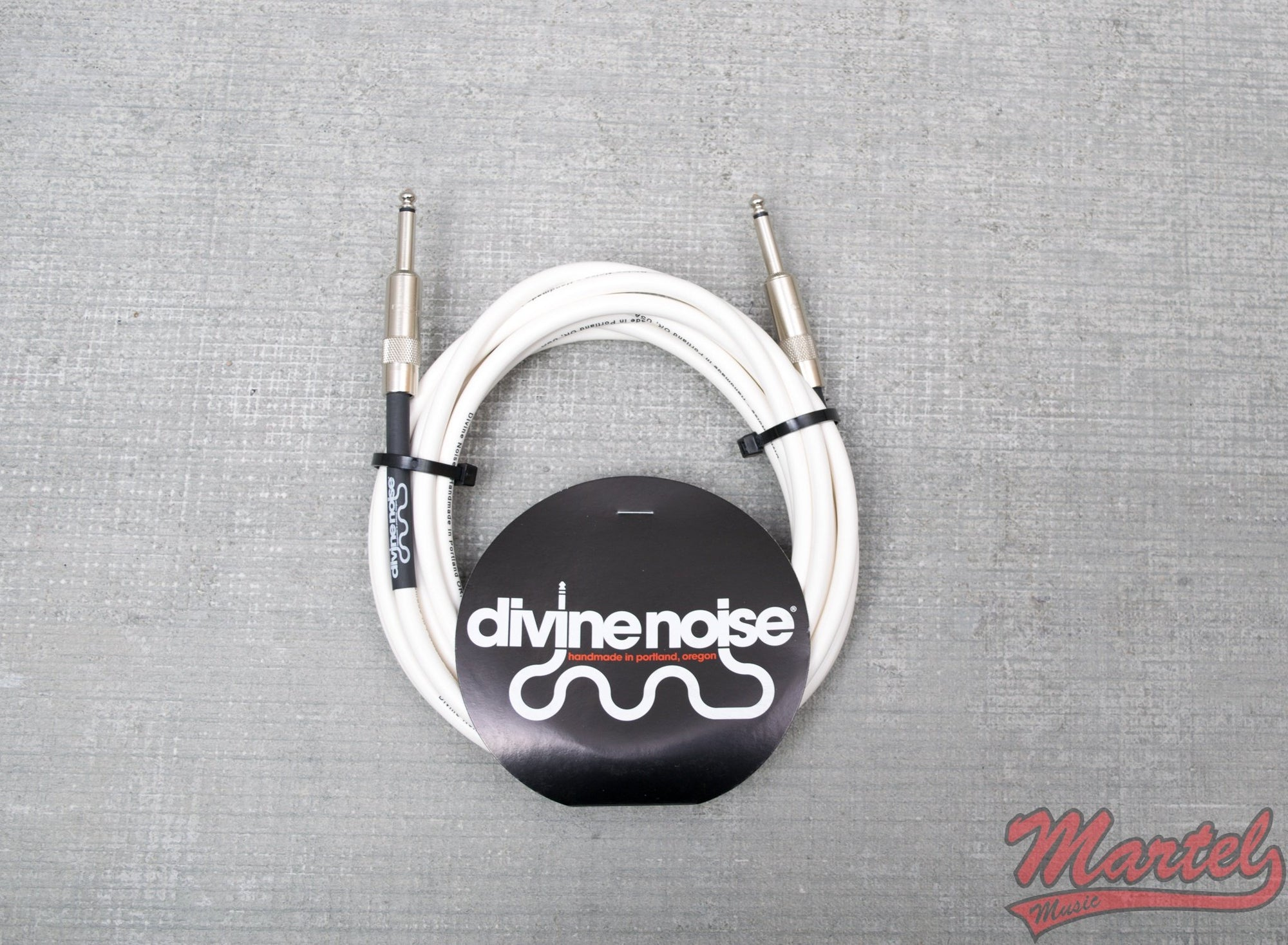 Divine Noise 10ft White Cable Straight Ends