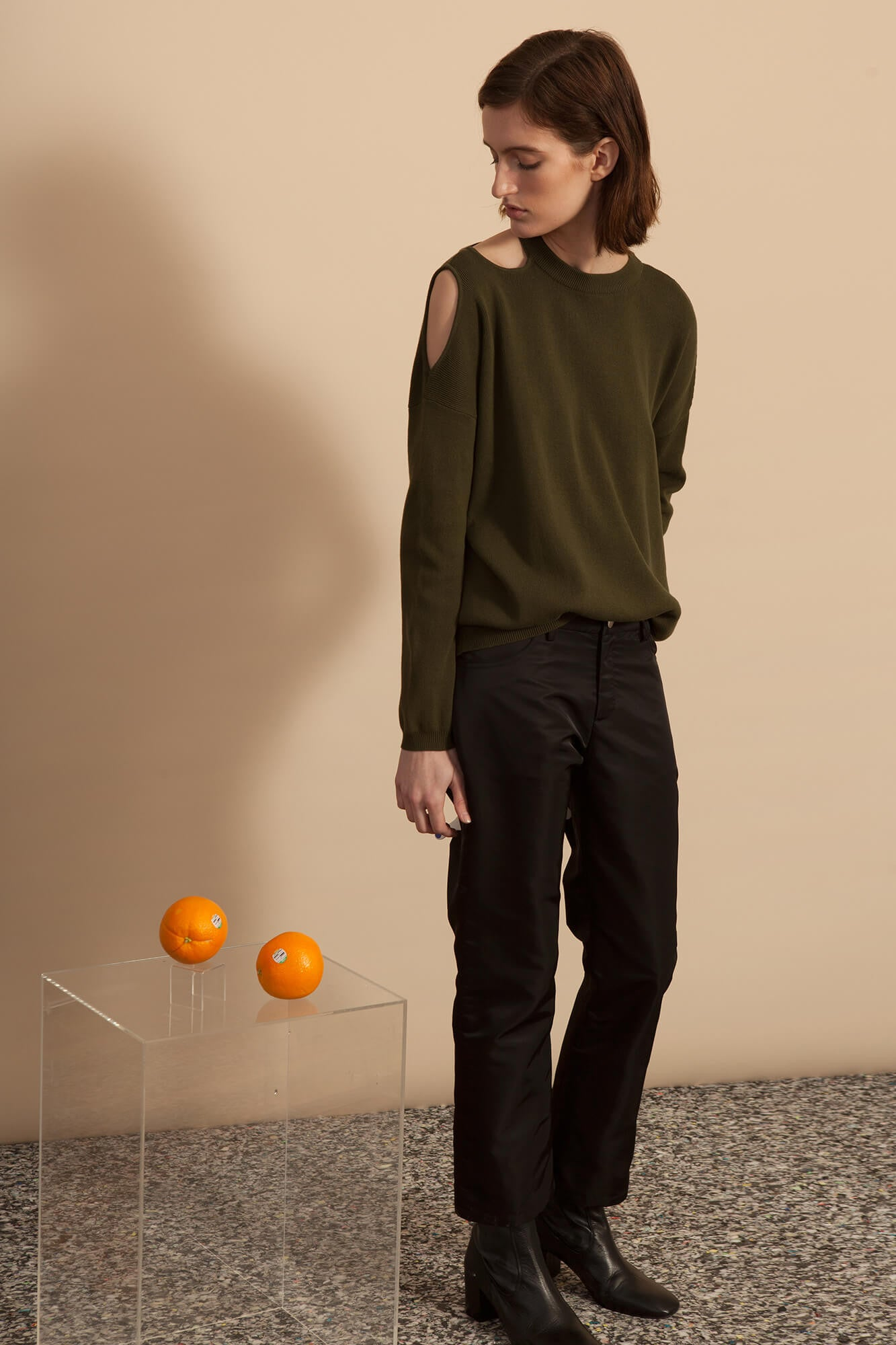 Cut-Out Shoulder Crew Neck Sweater - Olive