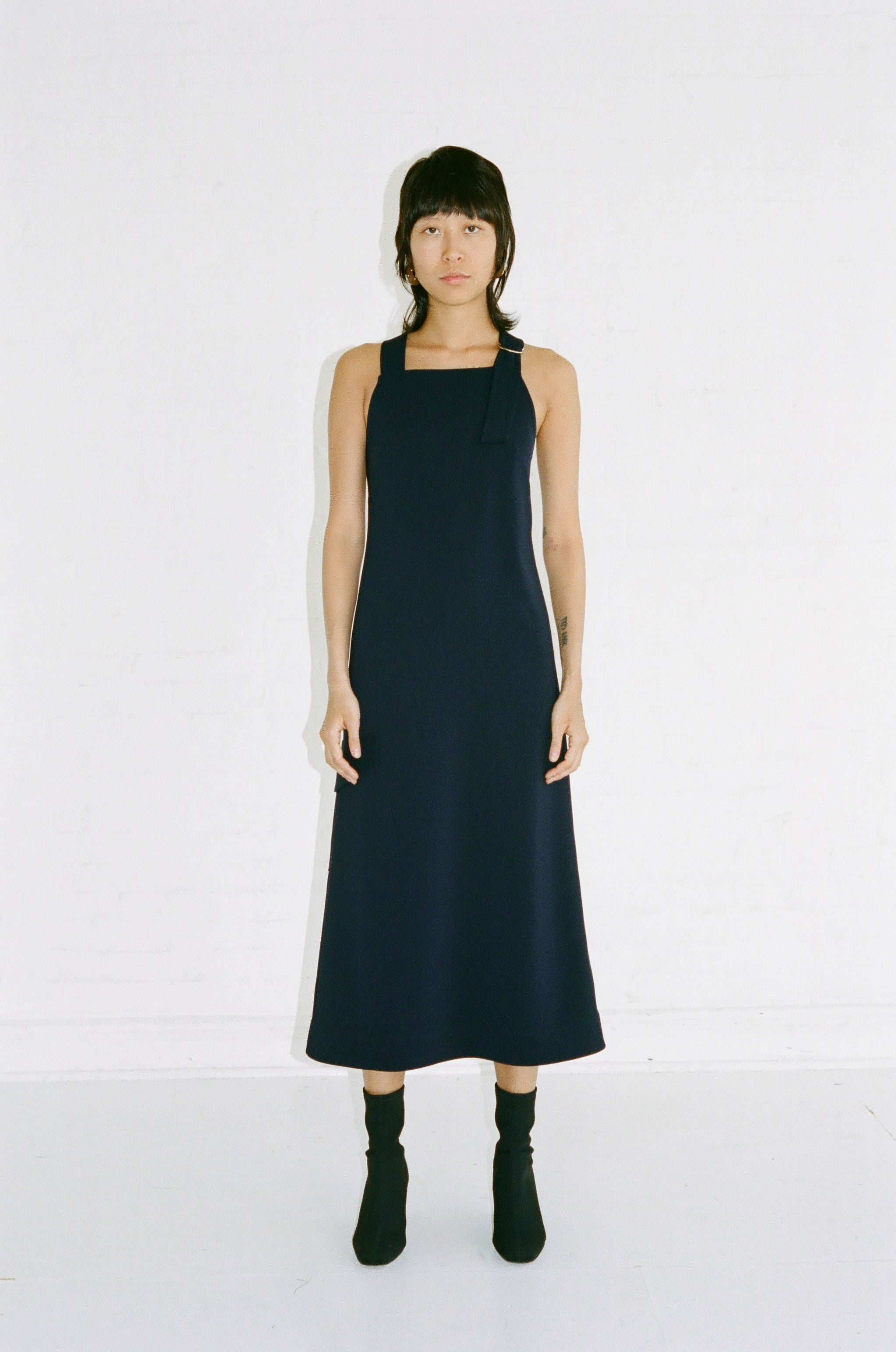 Crossback D Ring Midi Dress Midnight