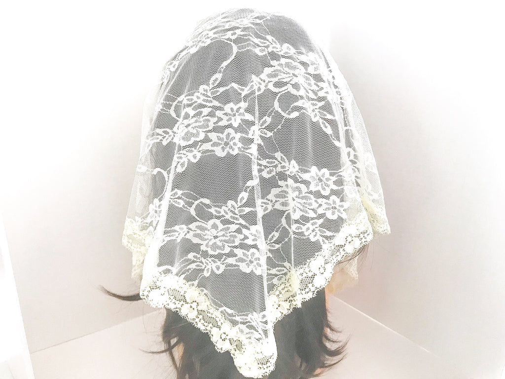 Large Ivory Triangle Chapel Veil/Mantilla