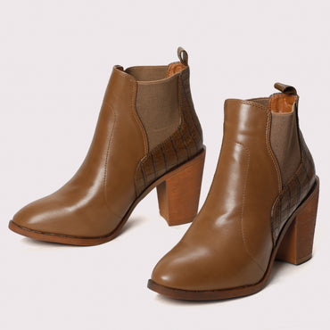Cuban Heel Chelsea Boots - Brown