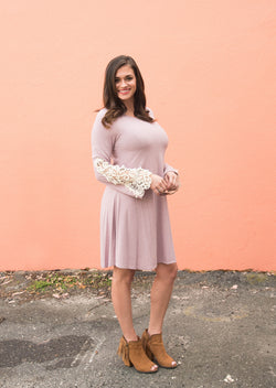 Erica | Lace Sleeved Lilac Dress