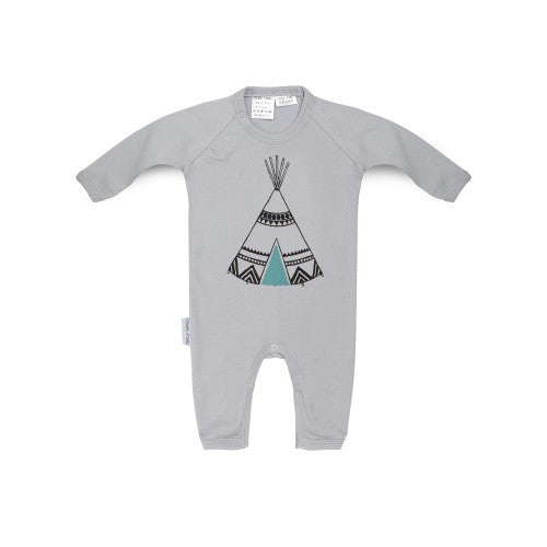 Long sleeved new baby romper